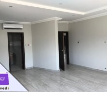 4bedroom-townhouse-with-swimming-pool-and-gym-centre-forrent-at-tse-addo-small-5