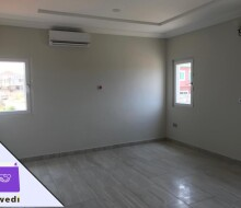 4bedroom-townhouse-with-swimming-pool-and-gym-centre-forrent-at-tse-addo-small-10