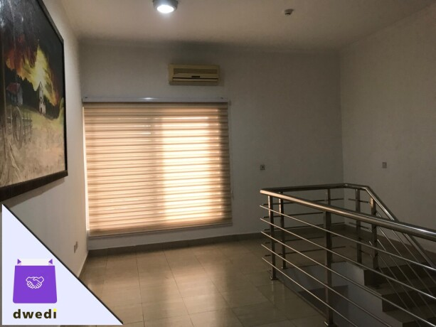 fully-furnished-3bedroom-townhouse-for-rent-at-airport-residential-big-4