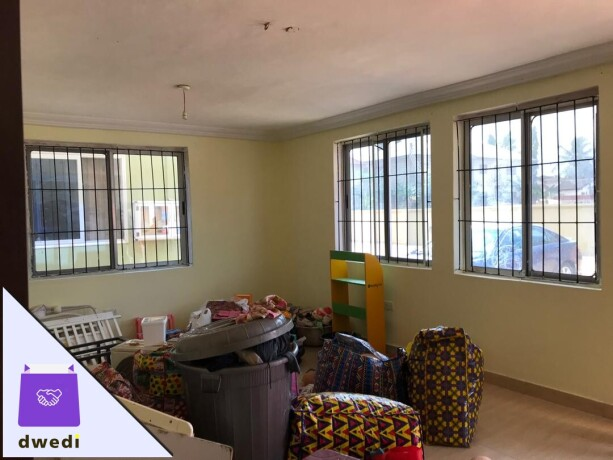 3bedrooms-apartment-for-rent-at-hatso-bohye-big-2