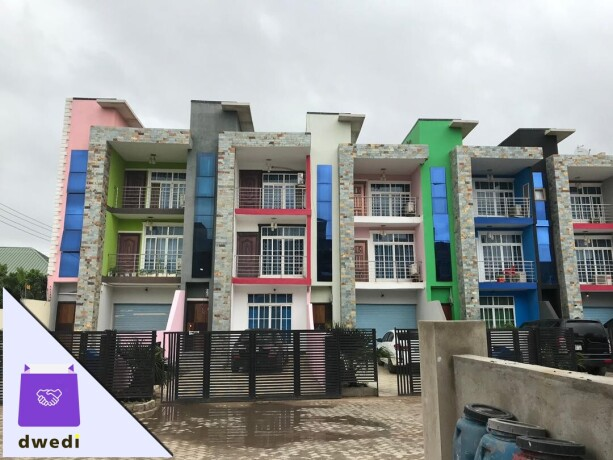 4bedroom-town-house-for-sale-at-kwabenya-atomic-big-1