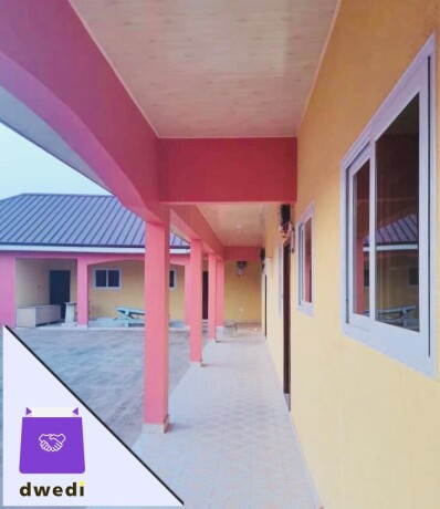 3-bedroomchamber-and-hall-self-contain-for-rent-at-school-junction-around-the-melcom-big-3